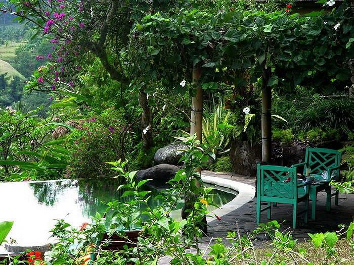 Taman Bebek Villa Pool