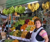 lima fruit stall